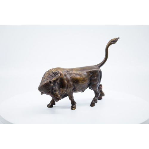 Bull charging. Bronze, Flemish work of the 17th century.